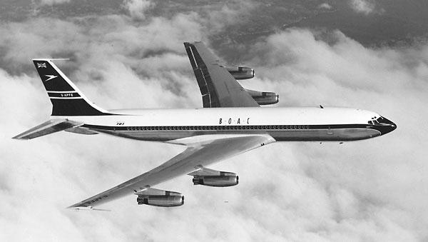 Boeing-707-436-Intercontinental-G-APFE-BOAC-in-flight